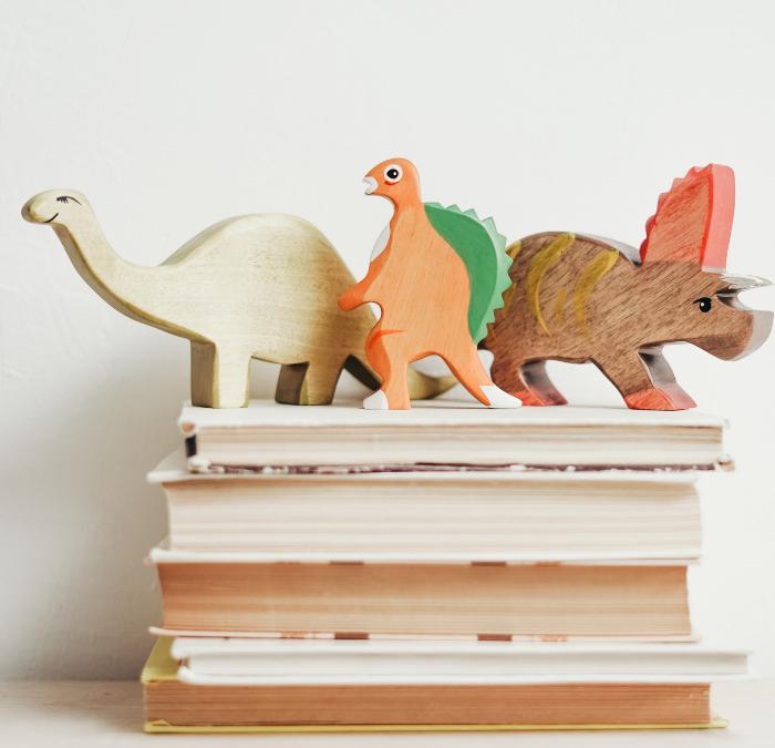 The Best Non-Fiction Dinosaur Books for Kids